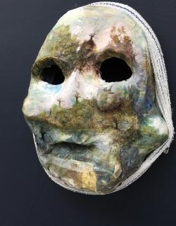 mocquet-masque-02-web-6e61895af26dfab1ab9efdd231df21bc