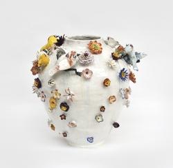 mocquet-vase-aux-fleurs-2020-38x38cm-gres-emaille-oeil-de-verre-web-36e6d02aba15c784bc214e1664391110