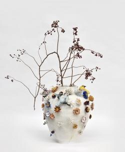 mocquet-vase-aux-fleurs-2020-38x38cm-gres-emaille-oeil-de-verre-web2-6228a9c075b4f54e0a31d76c9ab508c2