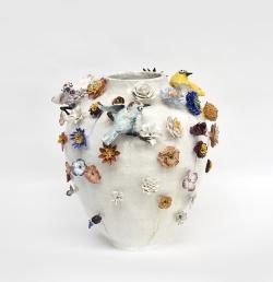 mocquet-vase-aux-fleurs-2020-38x38cm-gres-emaille-oeil-de-verre-web3-6d7b4e471d2c19160fde85c6fb48b0b3
