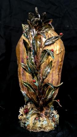 mocquet-vase-quenouille-a-l-oeuf-d-or-38x16x22cm-2018-06-web-8281c7da8a4687cb4565821fc4199f90